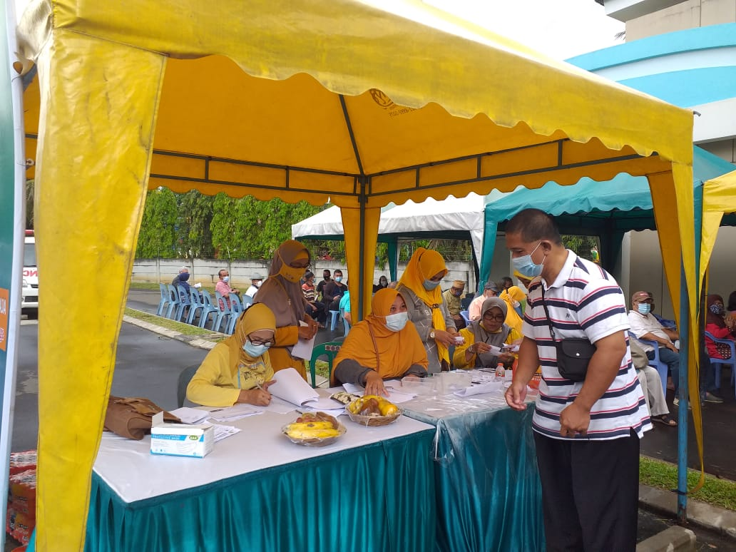 pendaftaran vaksinasi lansia tahap 2 di waterpark CitraIndah City